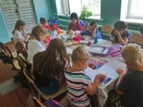 Чем живет школьный лагерь «Радуга»?